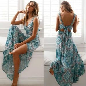 Dresses & Skirts - Beautiful Summer Bohemian Floral Dress